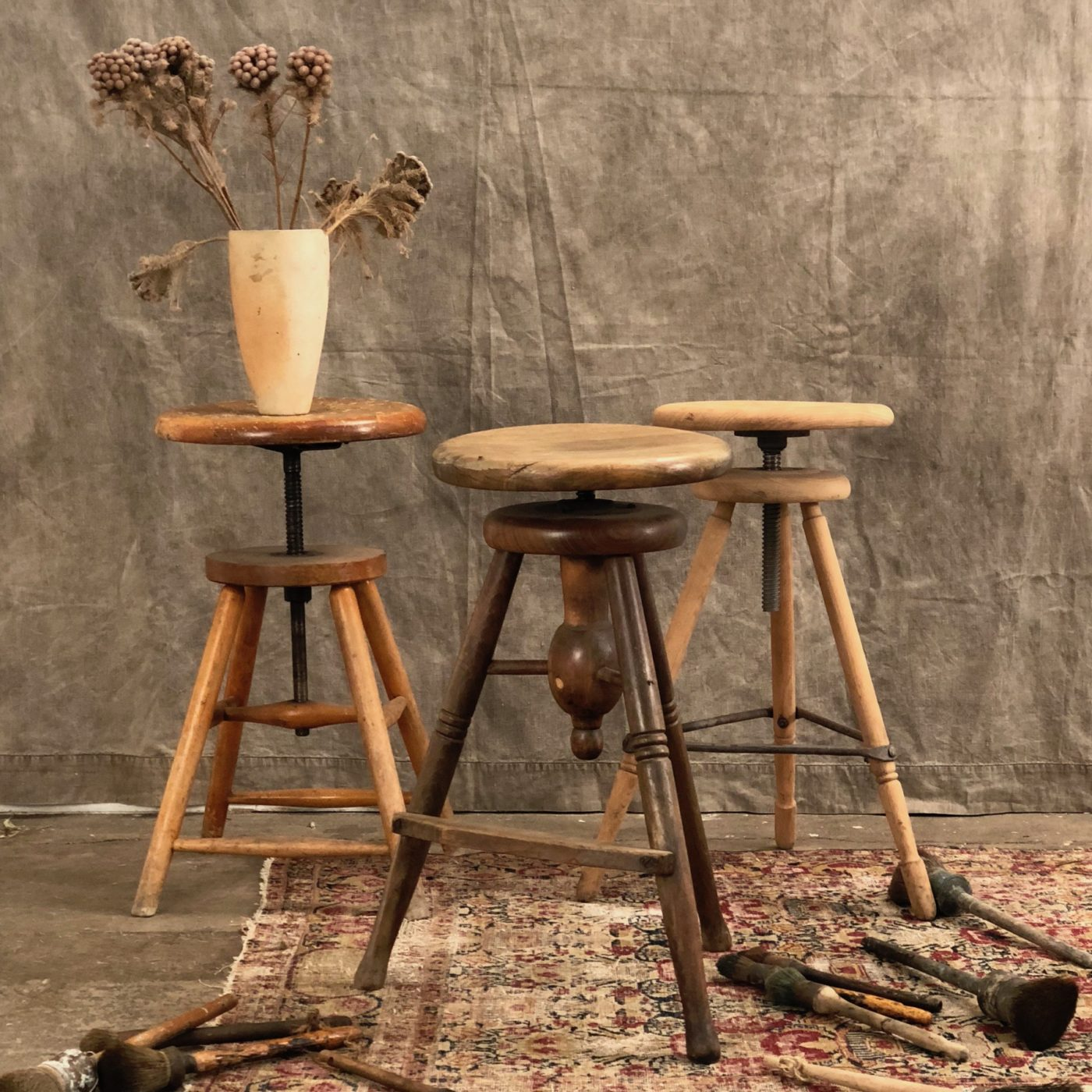 artist-stools-collection0000