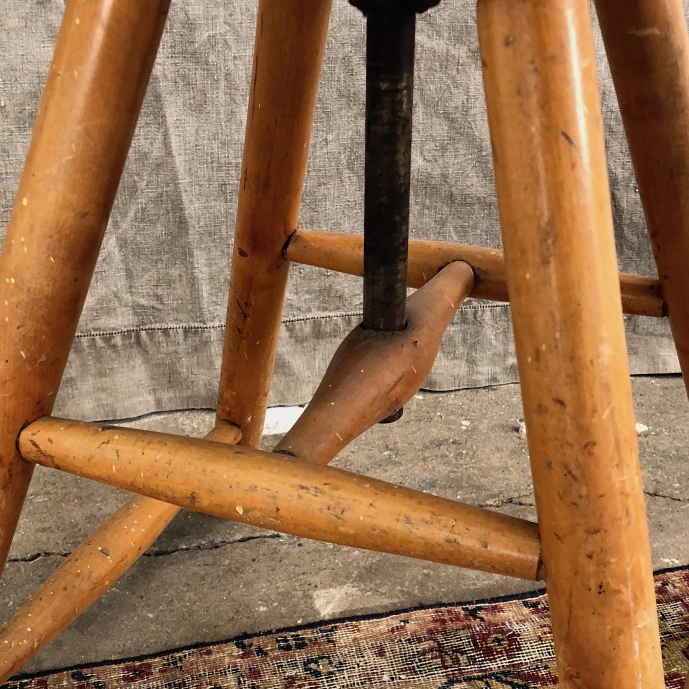artist-stools-collection0003