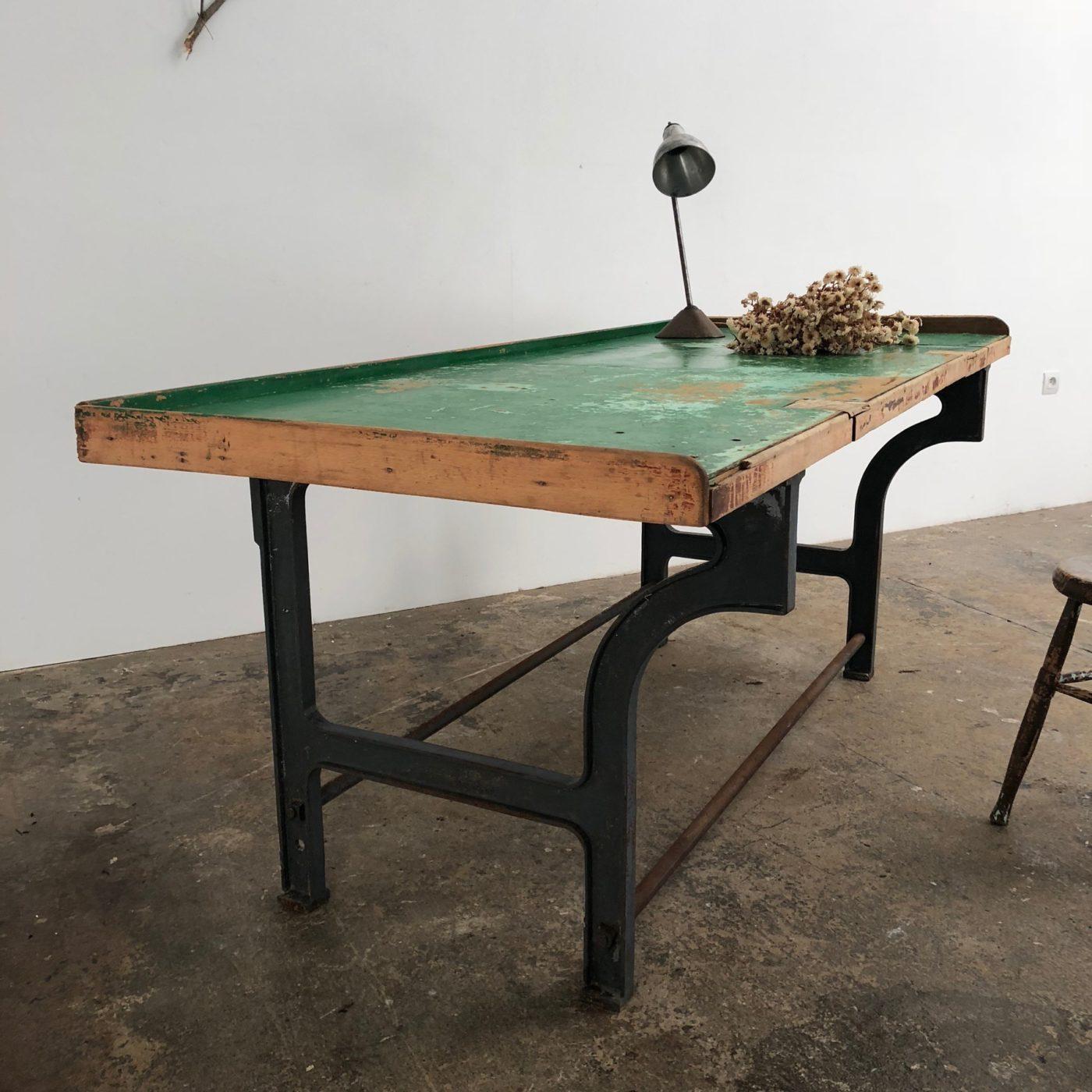 castiron-work-table0002
