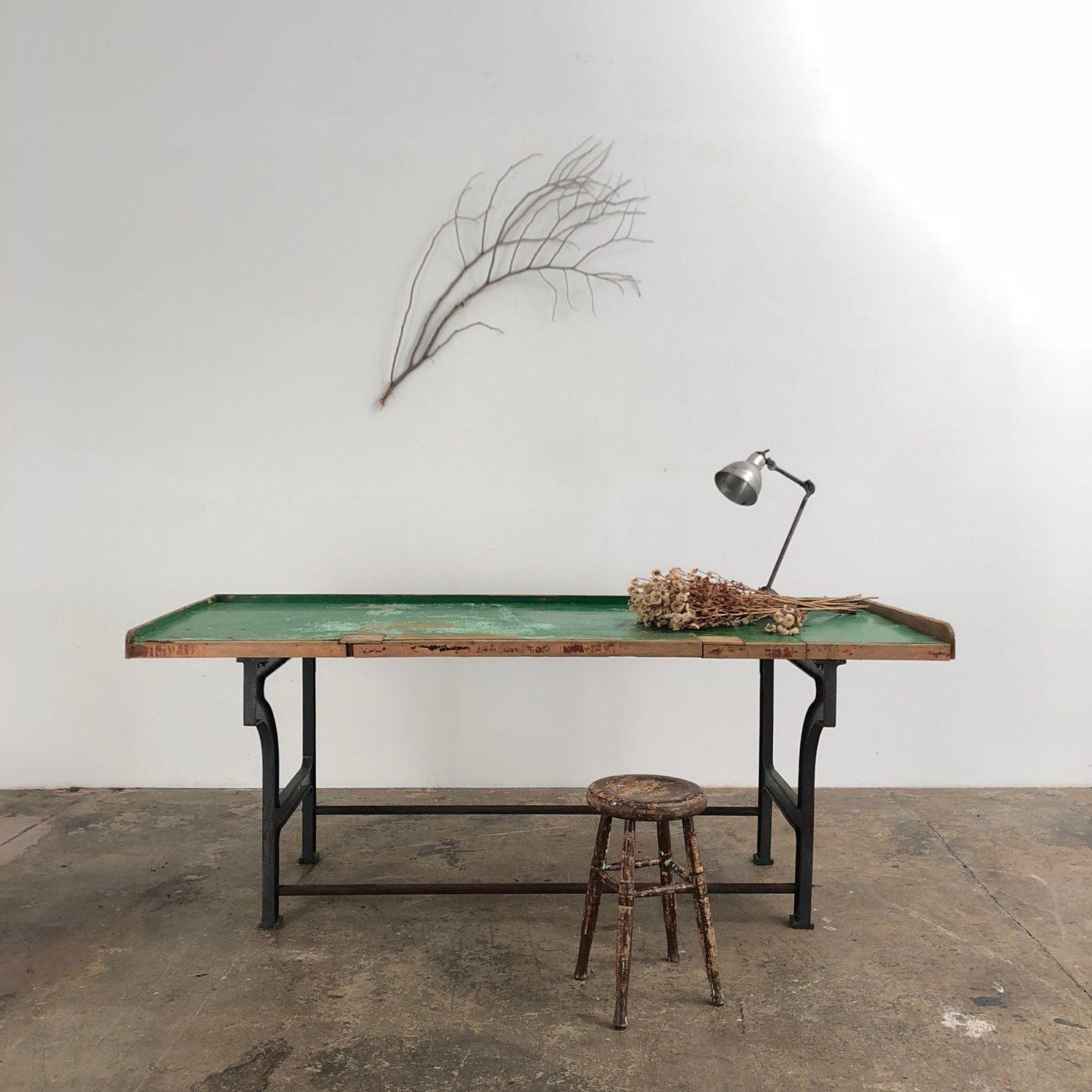 castiron-work-table0003