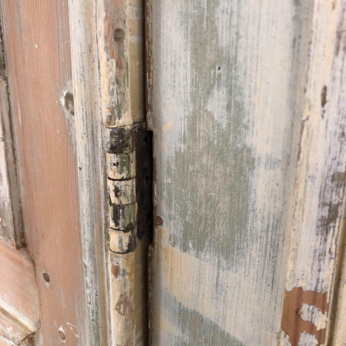 huge-painted-doors0002