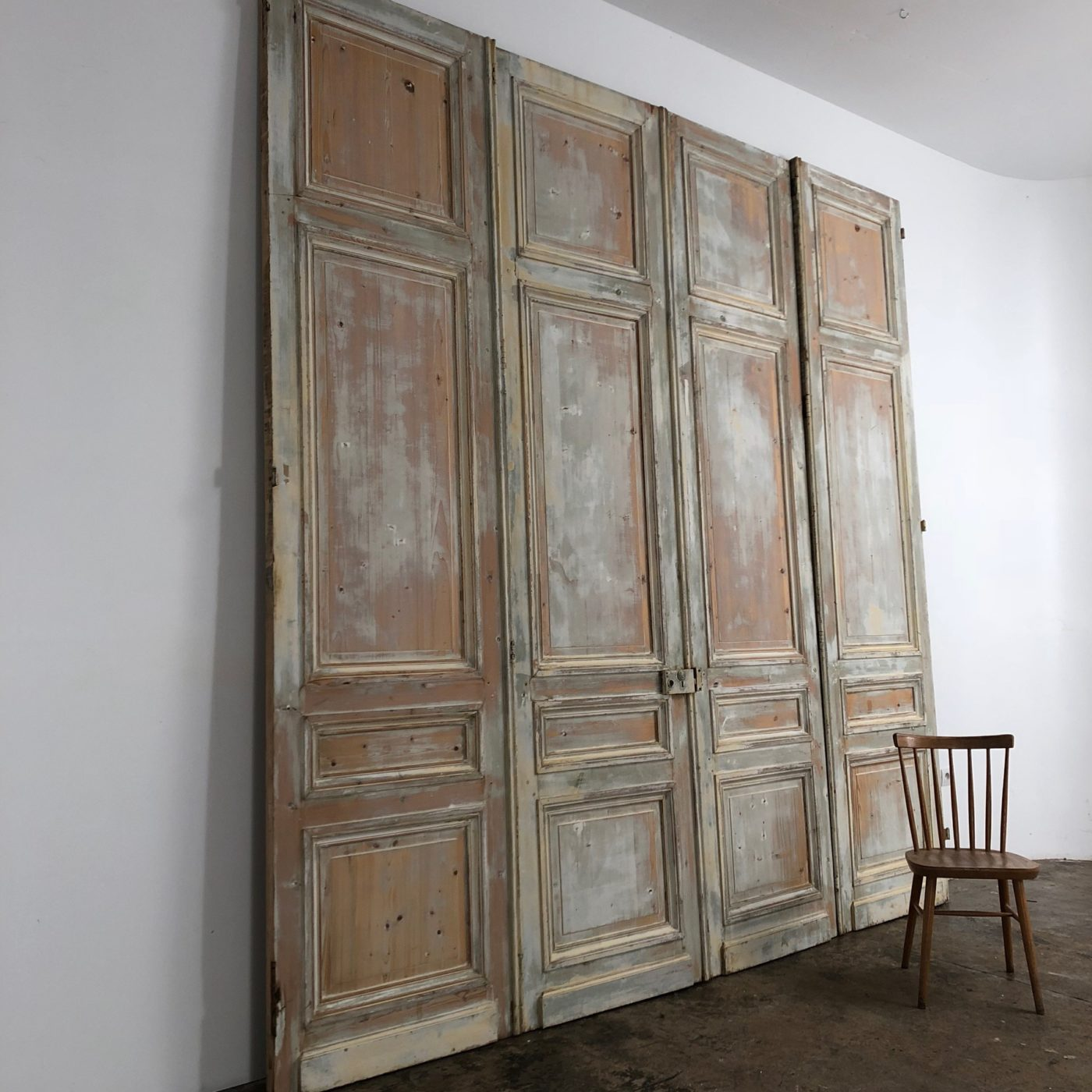 huge-painted-doors0004