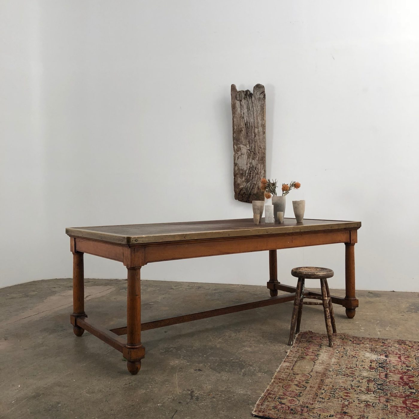 large-bank-table0006
