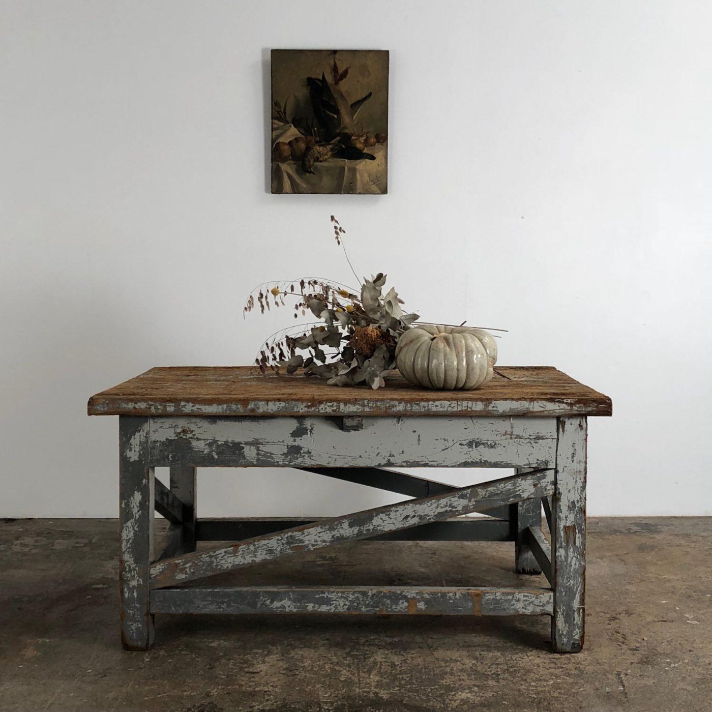 sculptor-table0005