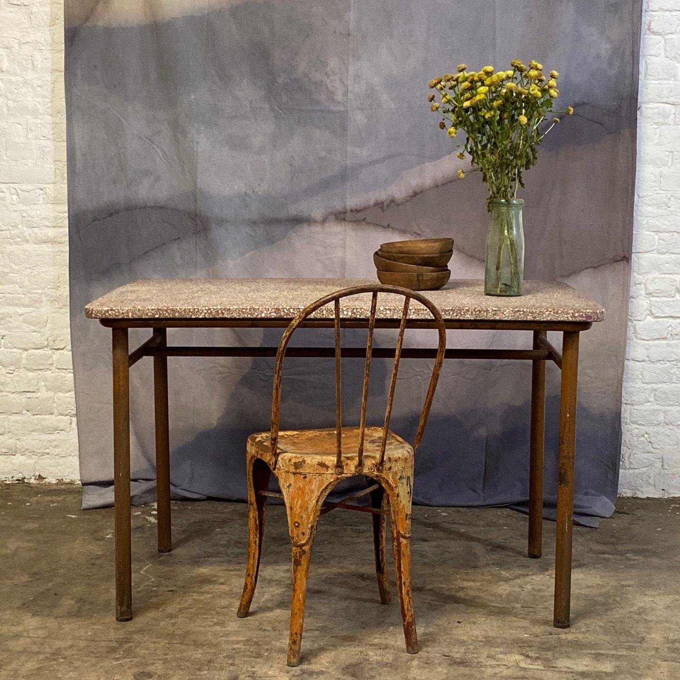 granito-table0005