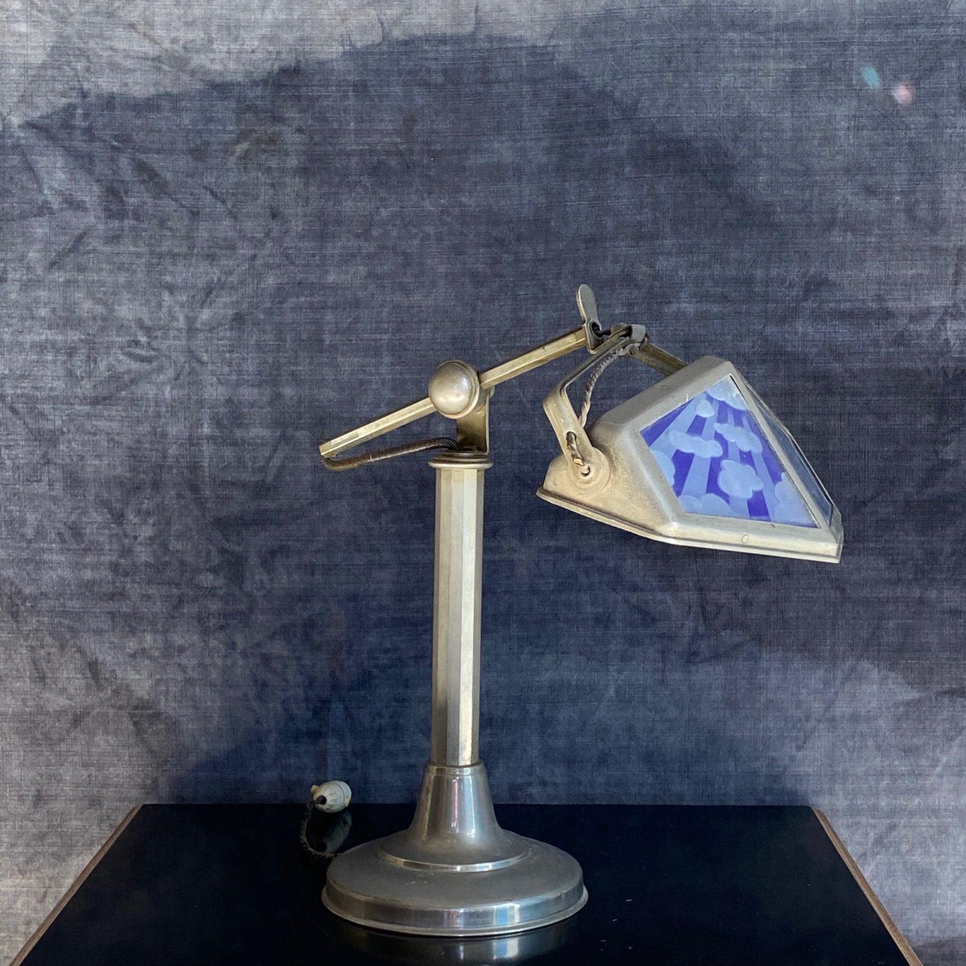 pirouette-lamp0003