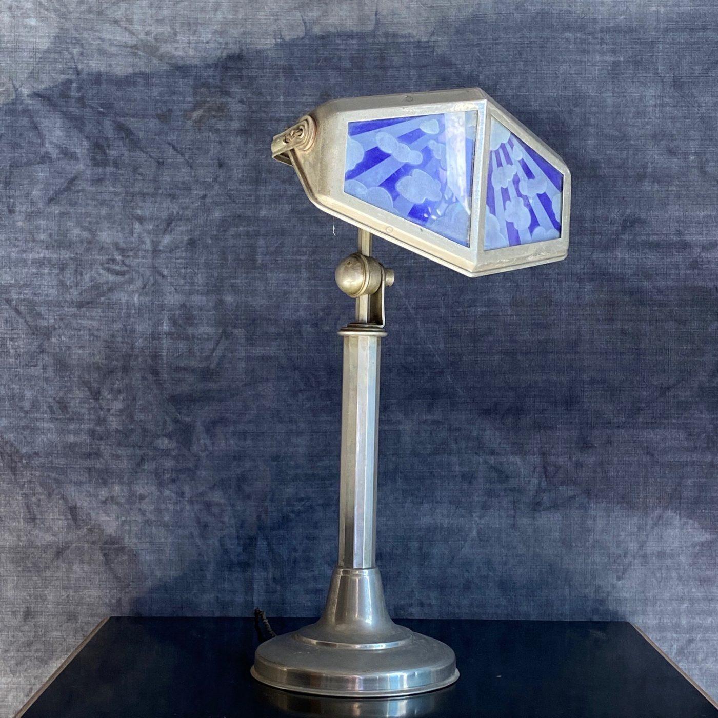pirouette-lamp0005