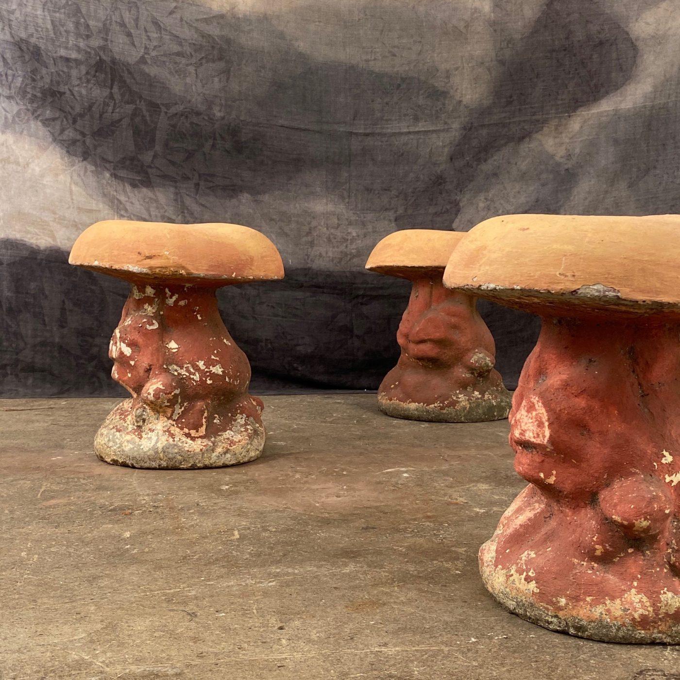 concrete-mushroom-stools0001