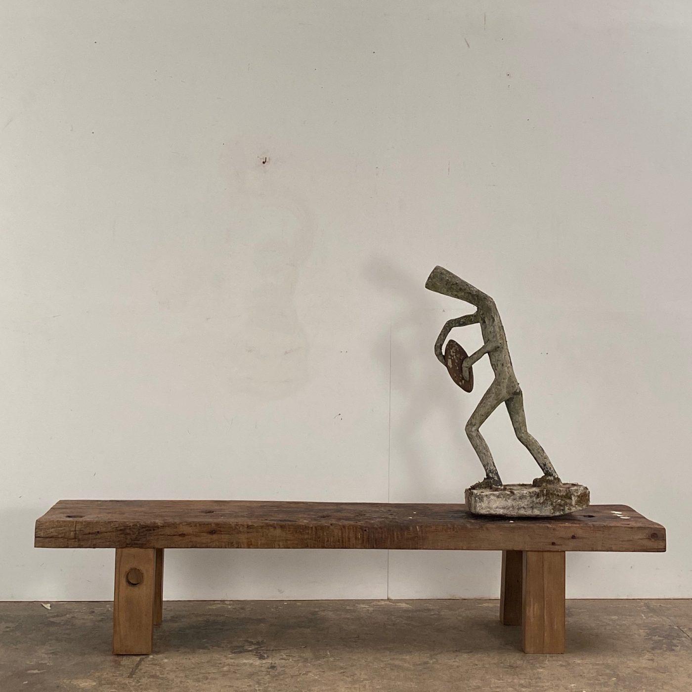 naif-concrete-sculpture0001