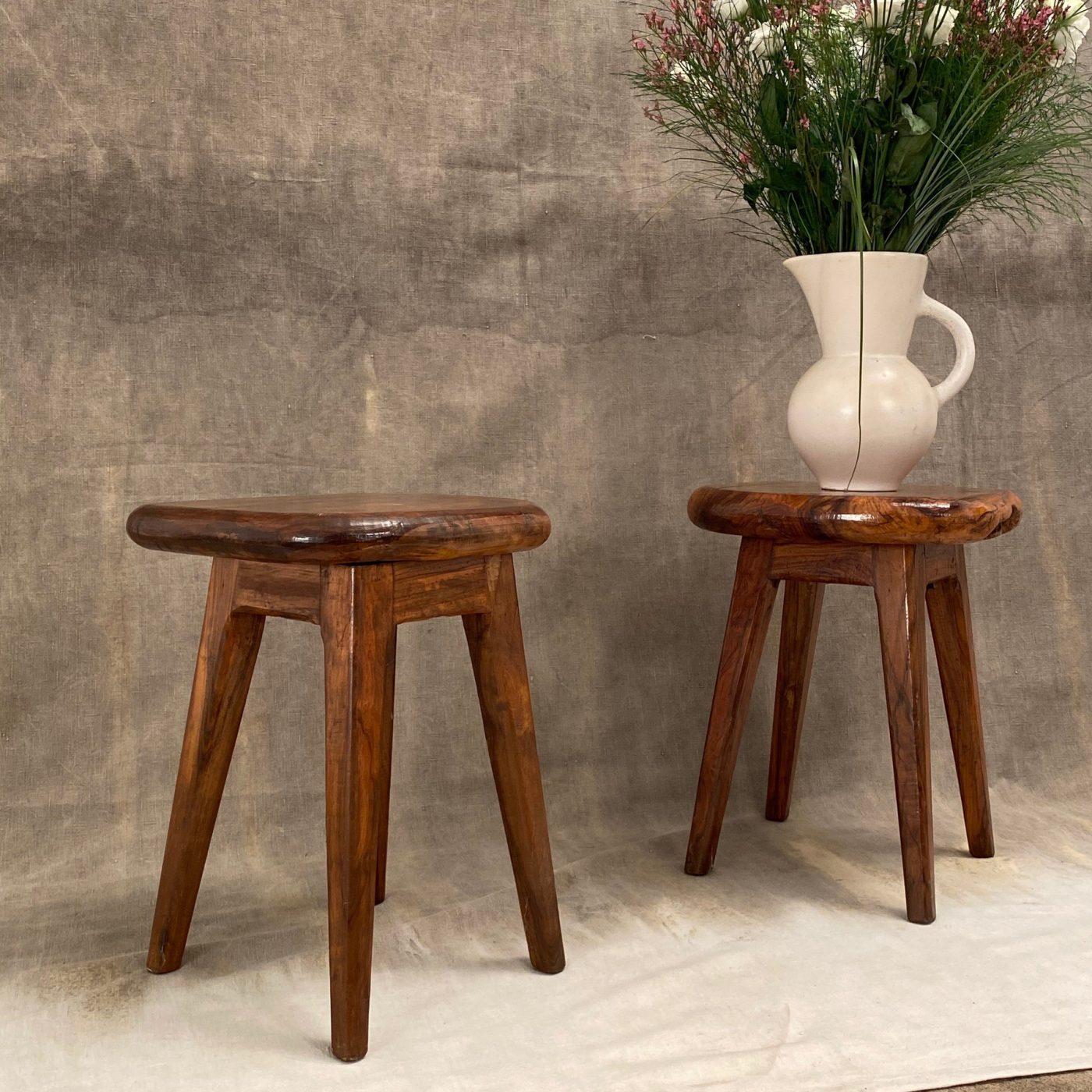 primitive-olive-stools0000