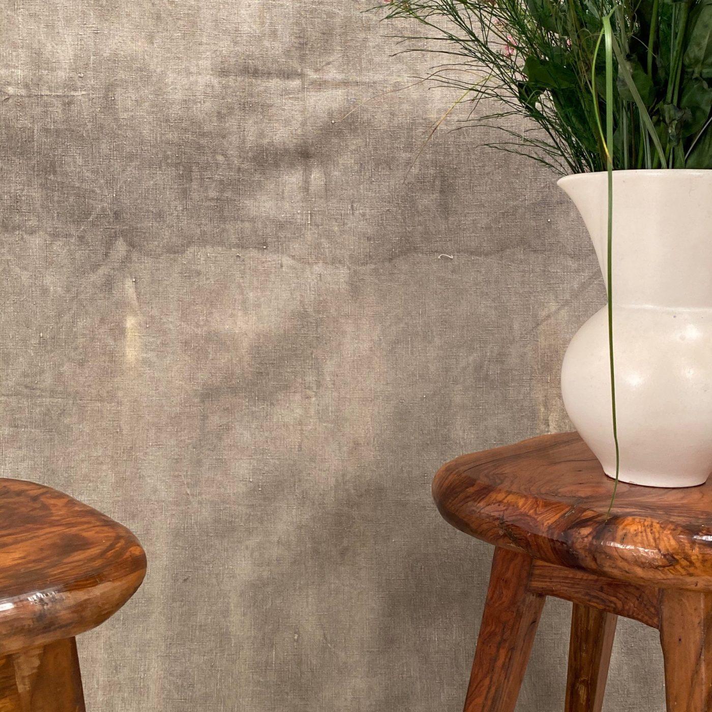 primitive-olive-stools0002