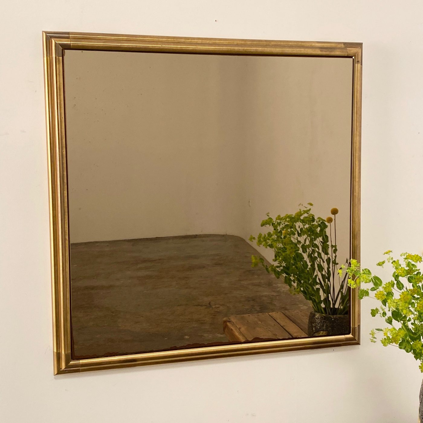 objet-vagabond-copper-mirror0004