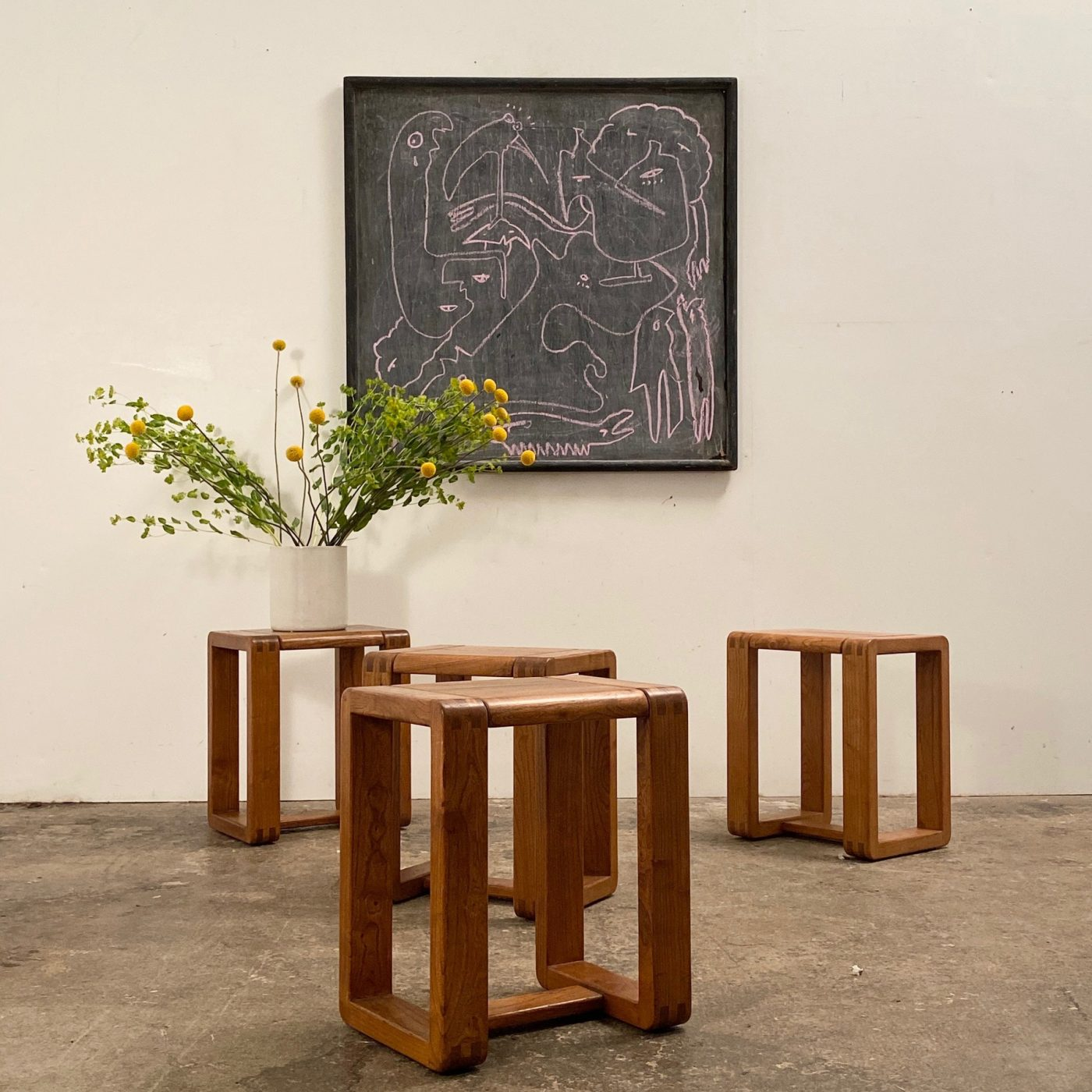 objet-vagabond-massive-stools0001