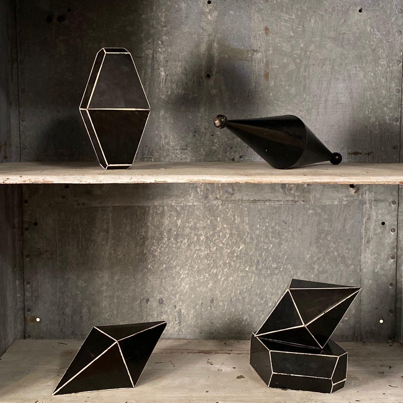 objet-vagabond-mineral-forms0003