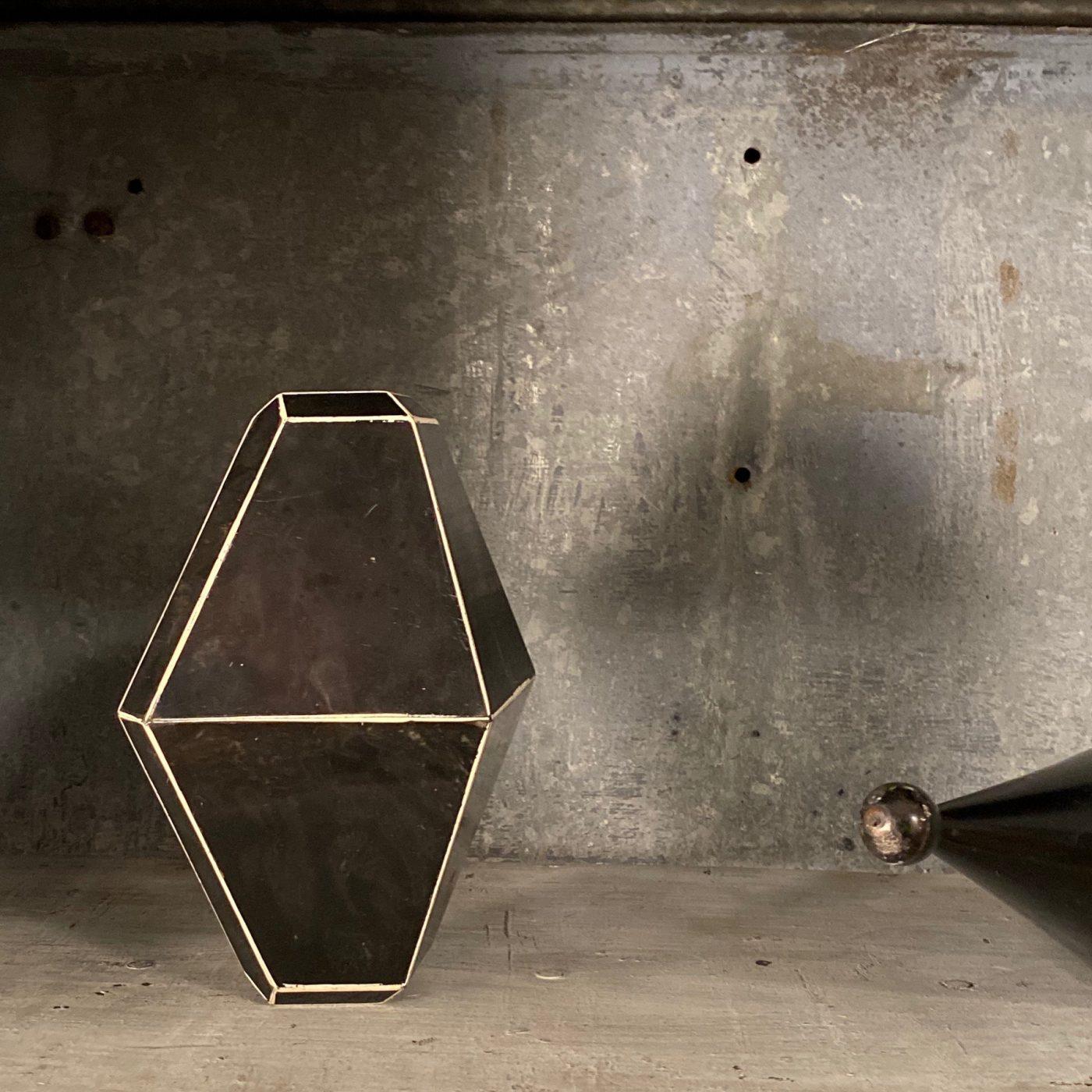 objet-vagabond-mineral-forms0004