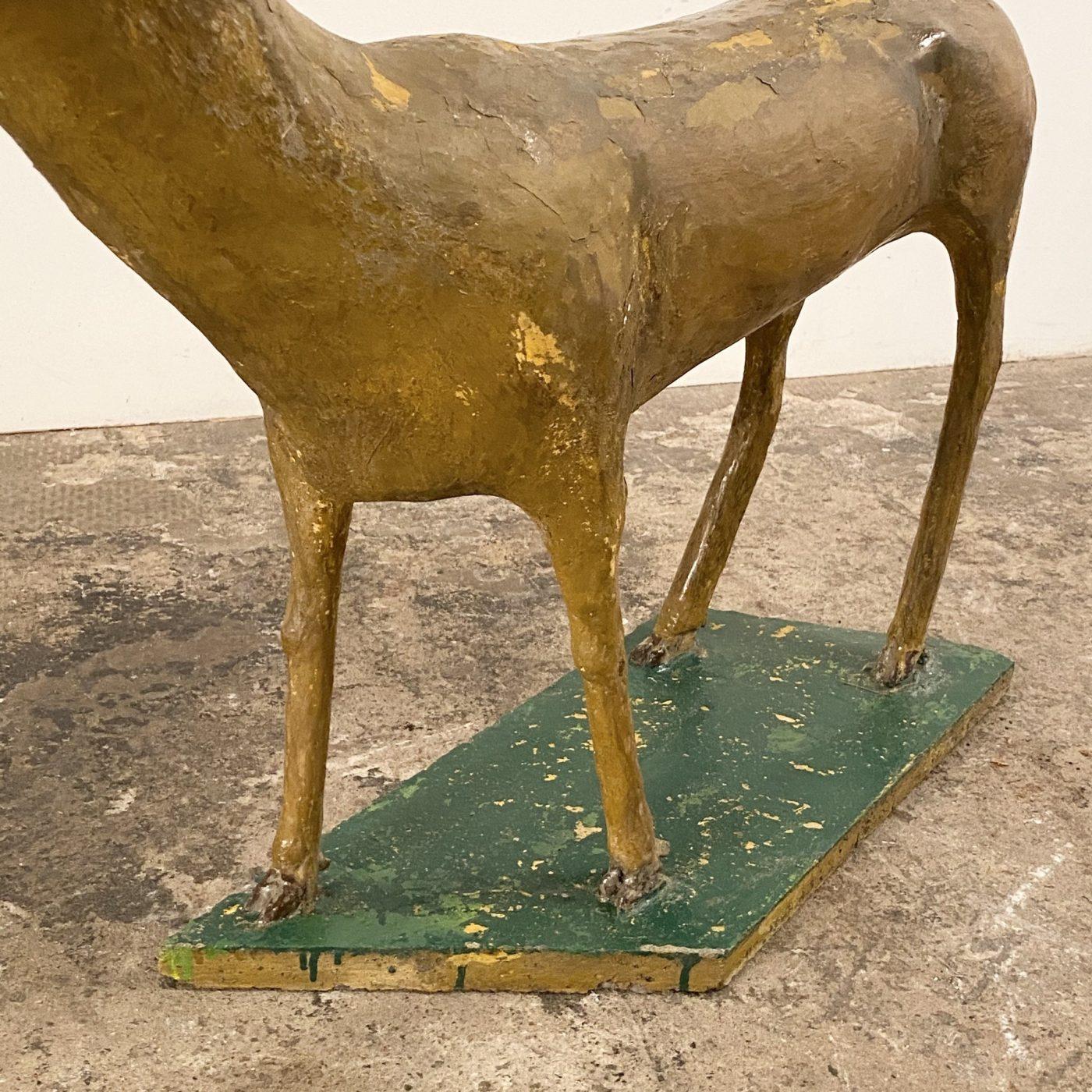 objet-vagabond-concrete-sculpture0000