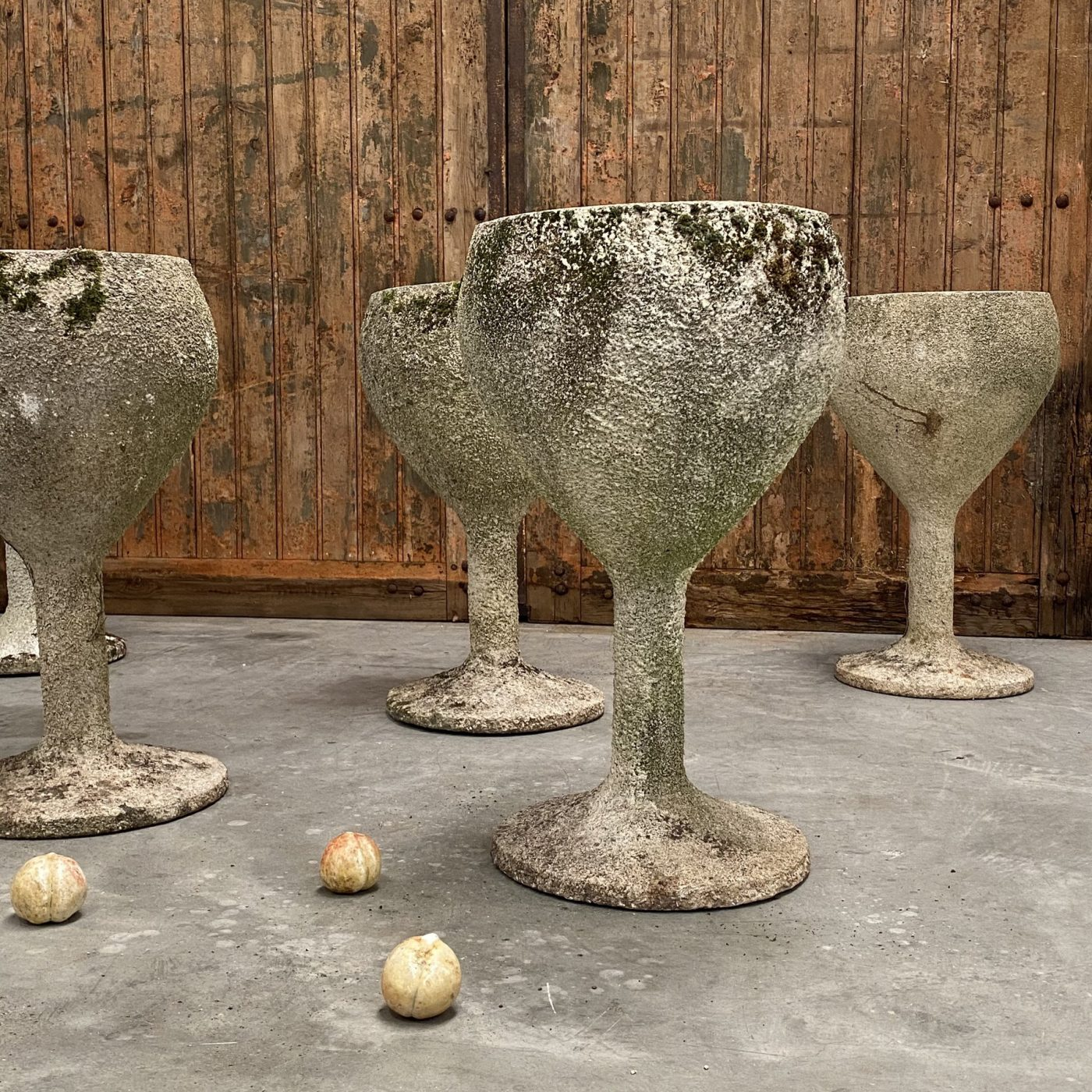 objet-vagabond-concrete-planters0004