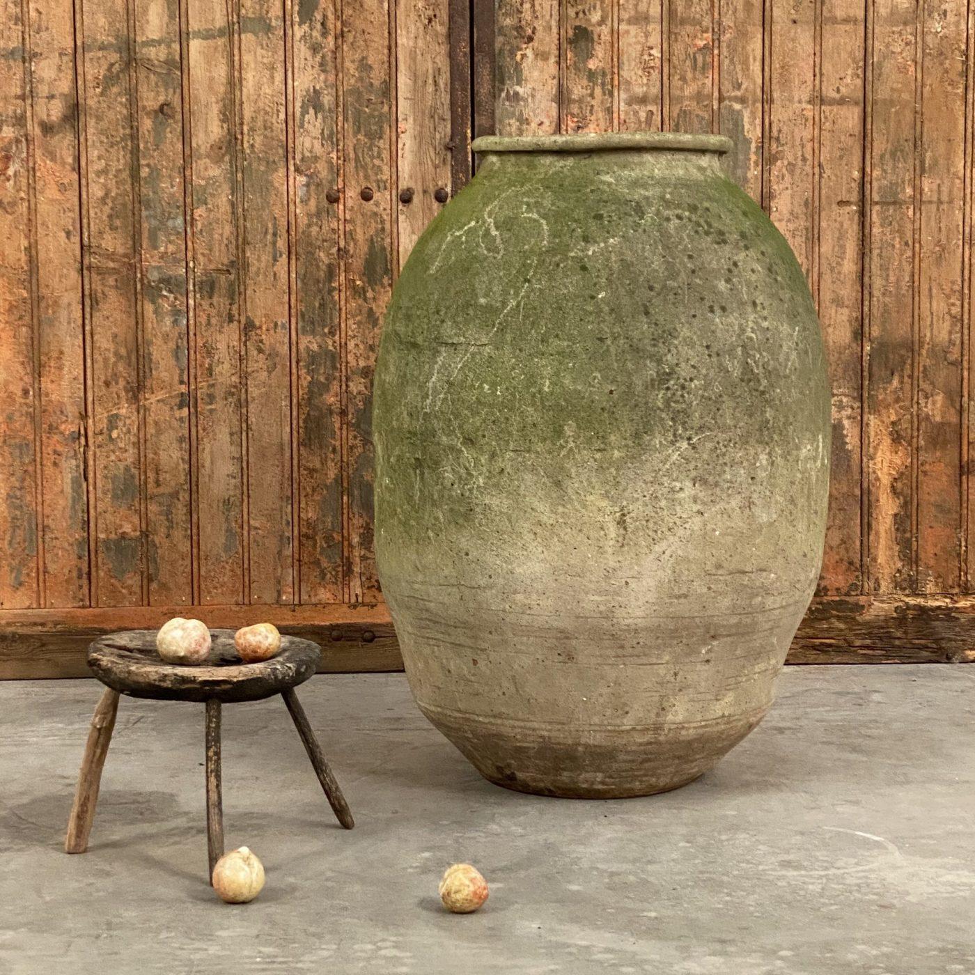 objet-vagabond-terracotta-jar0002