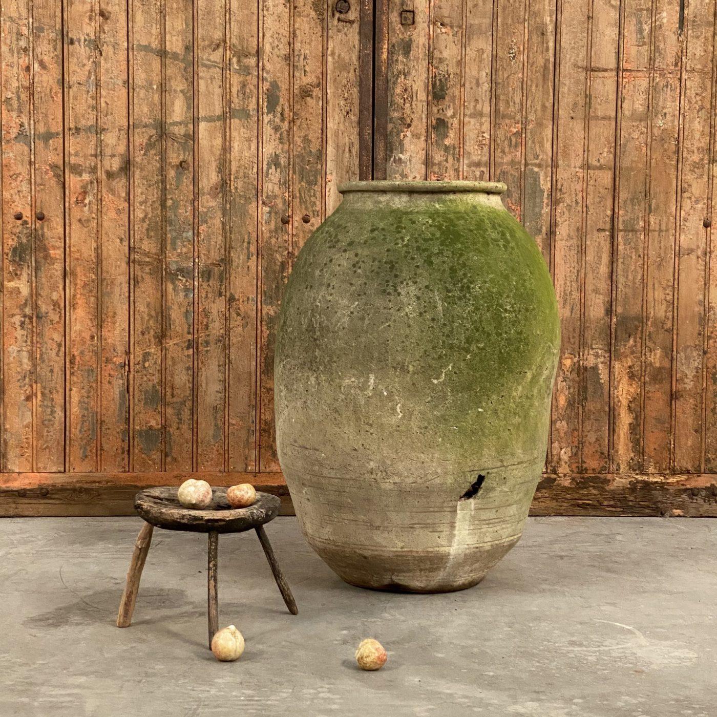 objet-vagabond-terracotta-jar0003