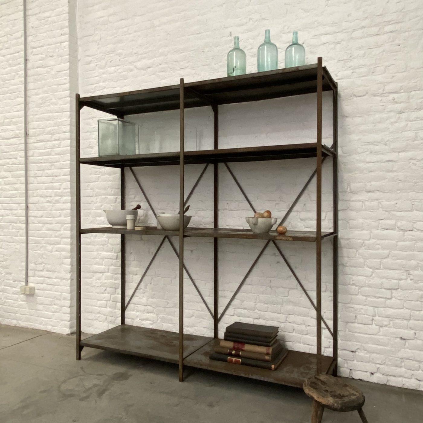objet-vagabond-industrial-shelf0006