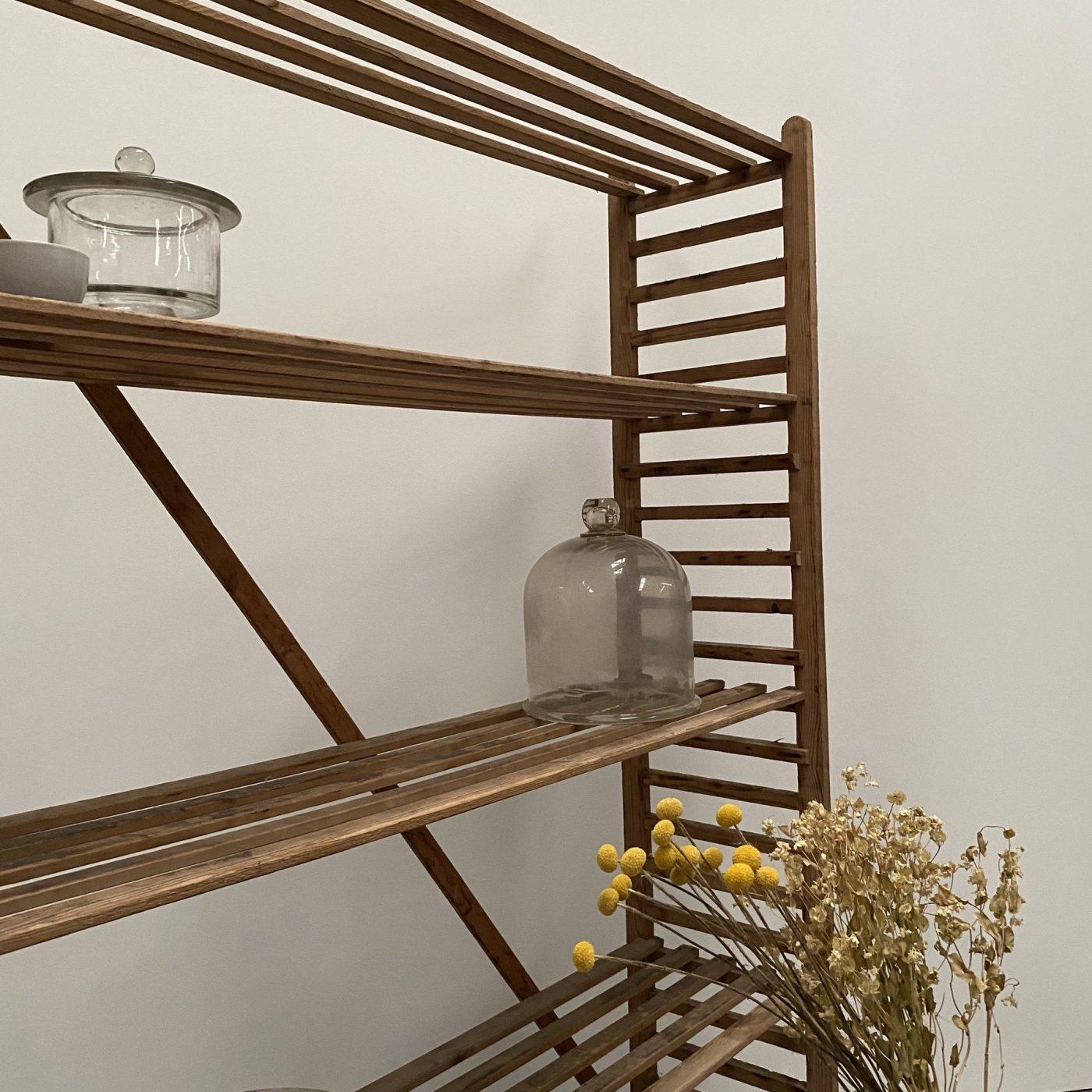 objet-vagabond-bakery-shelve0001