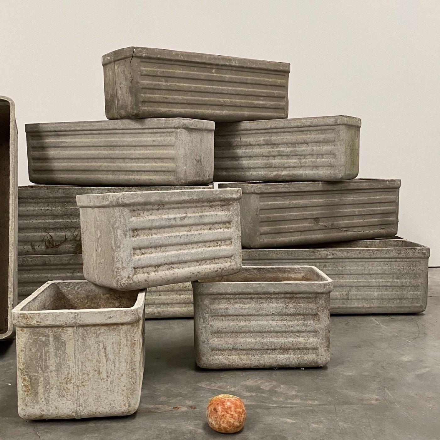 objet-vagabond-concrete-planters0002
