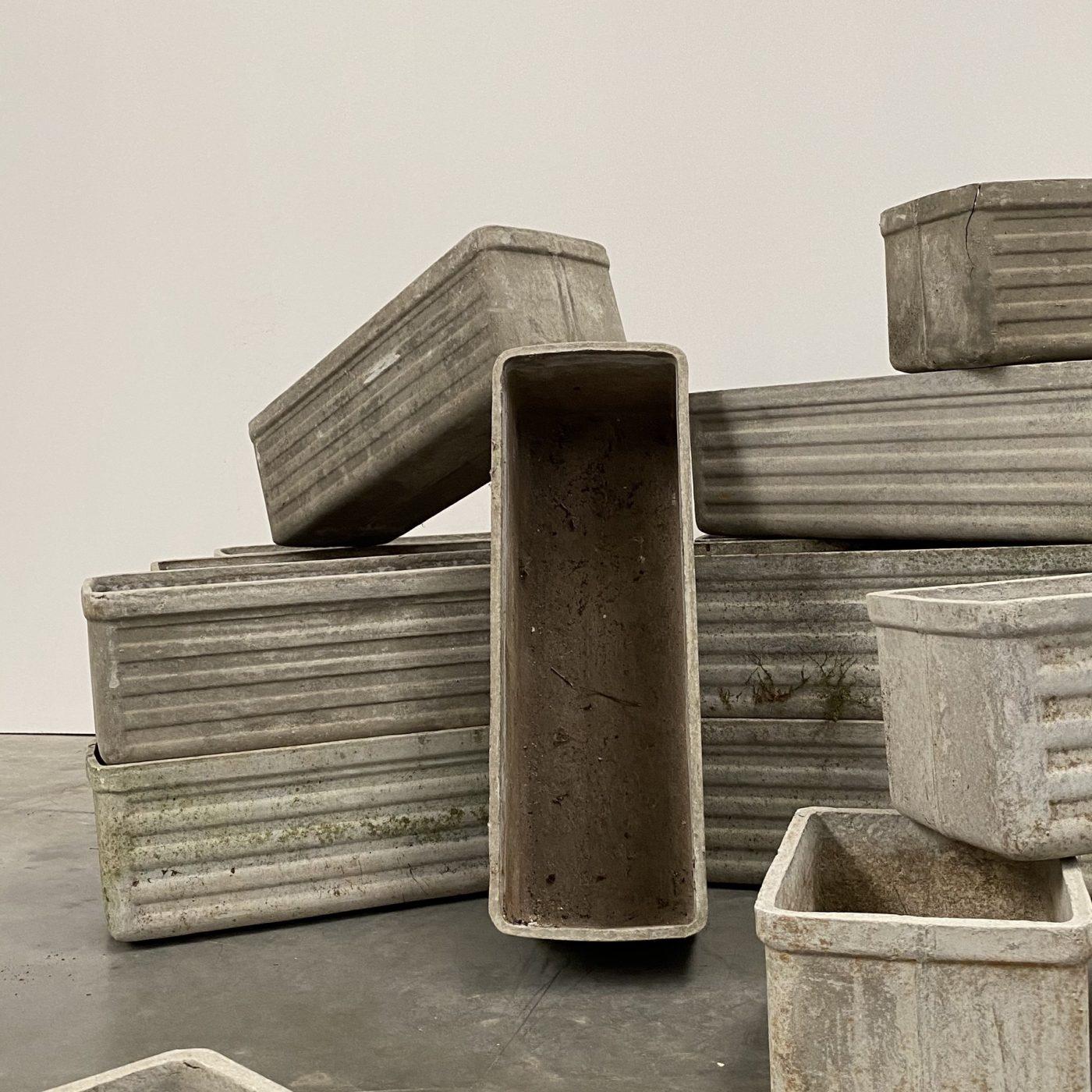 objet-vagabond-concrete-planters0003