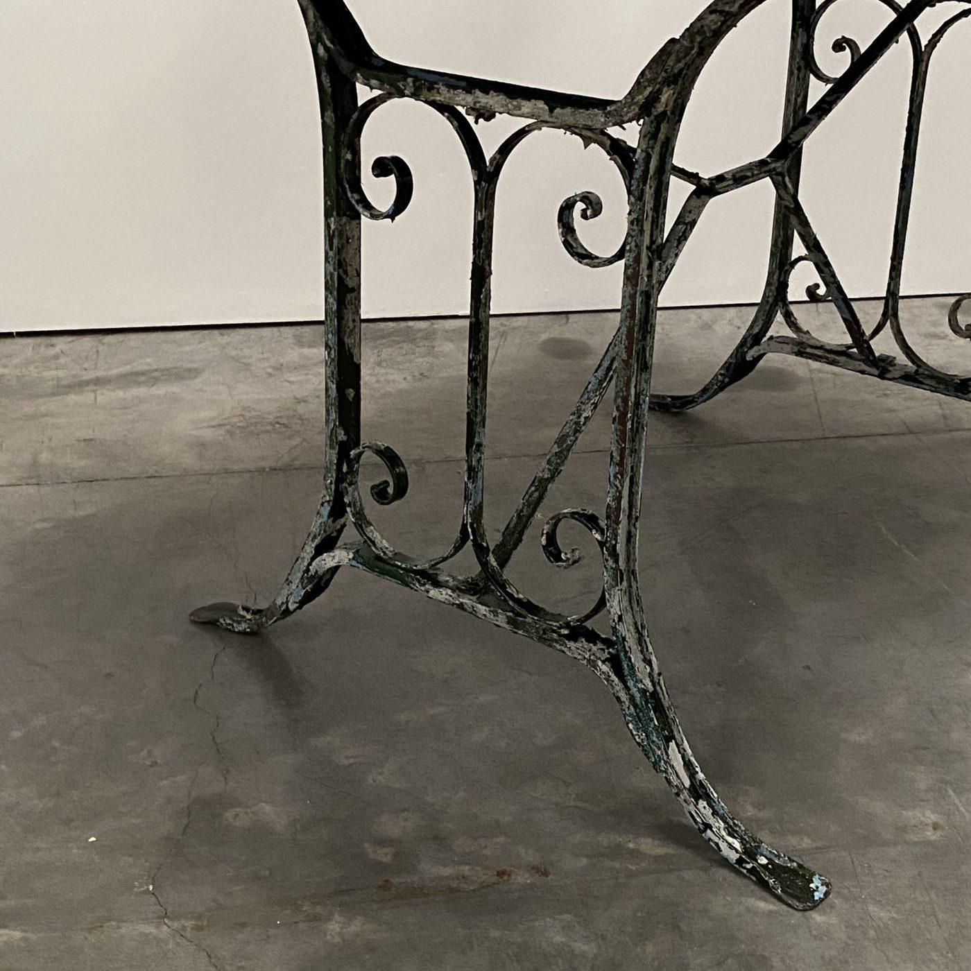 objet-vagabond-garden-table0003