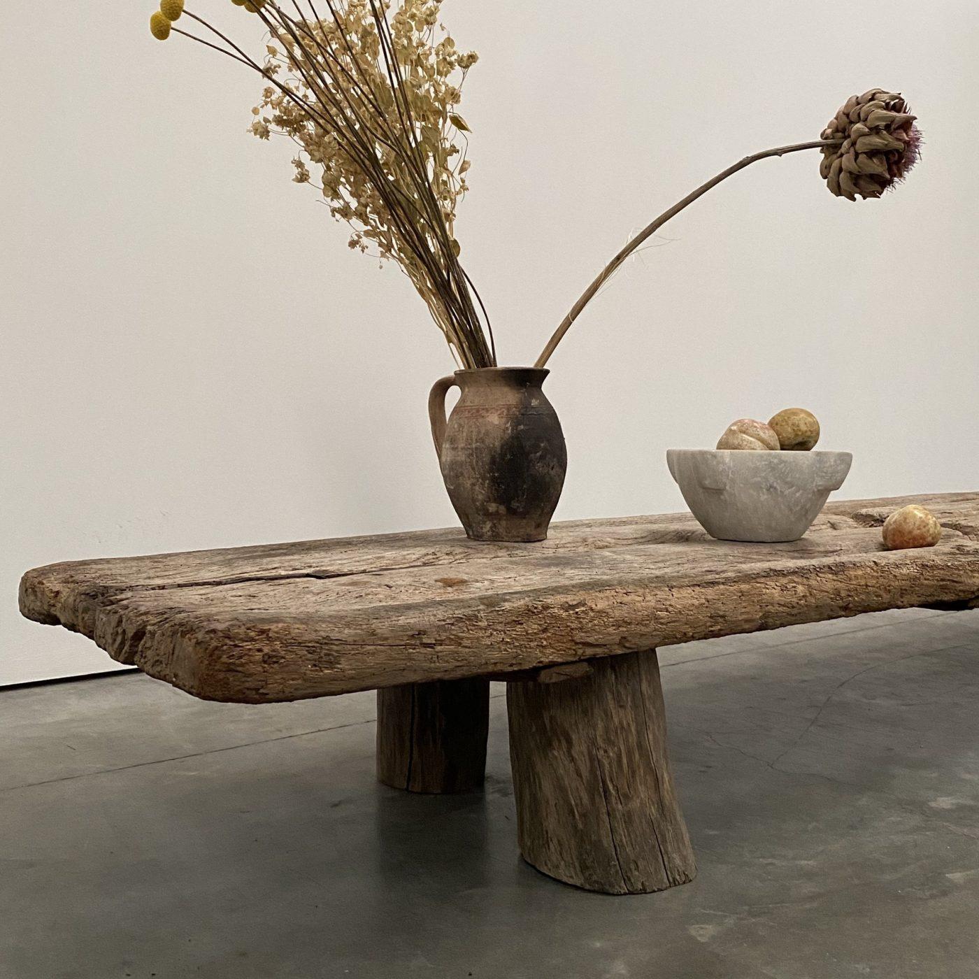 objet-vagabond-primitve-coffeetable0003
