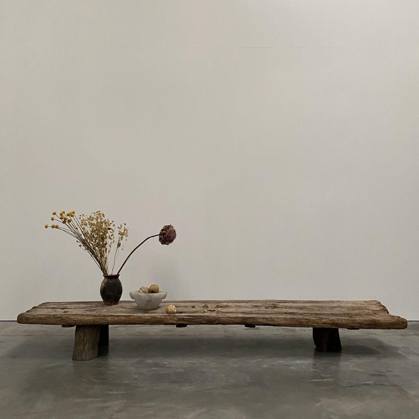 objet-vagabond-primitve-coffeetable0006