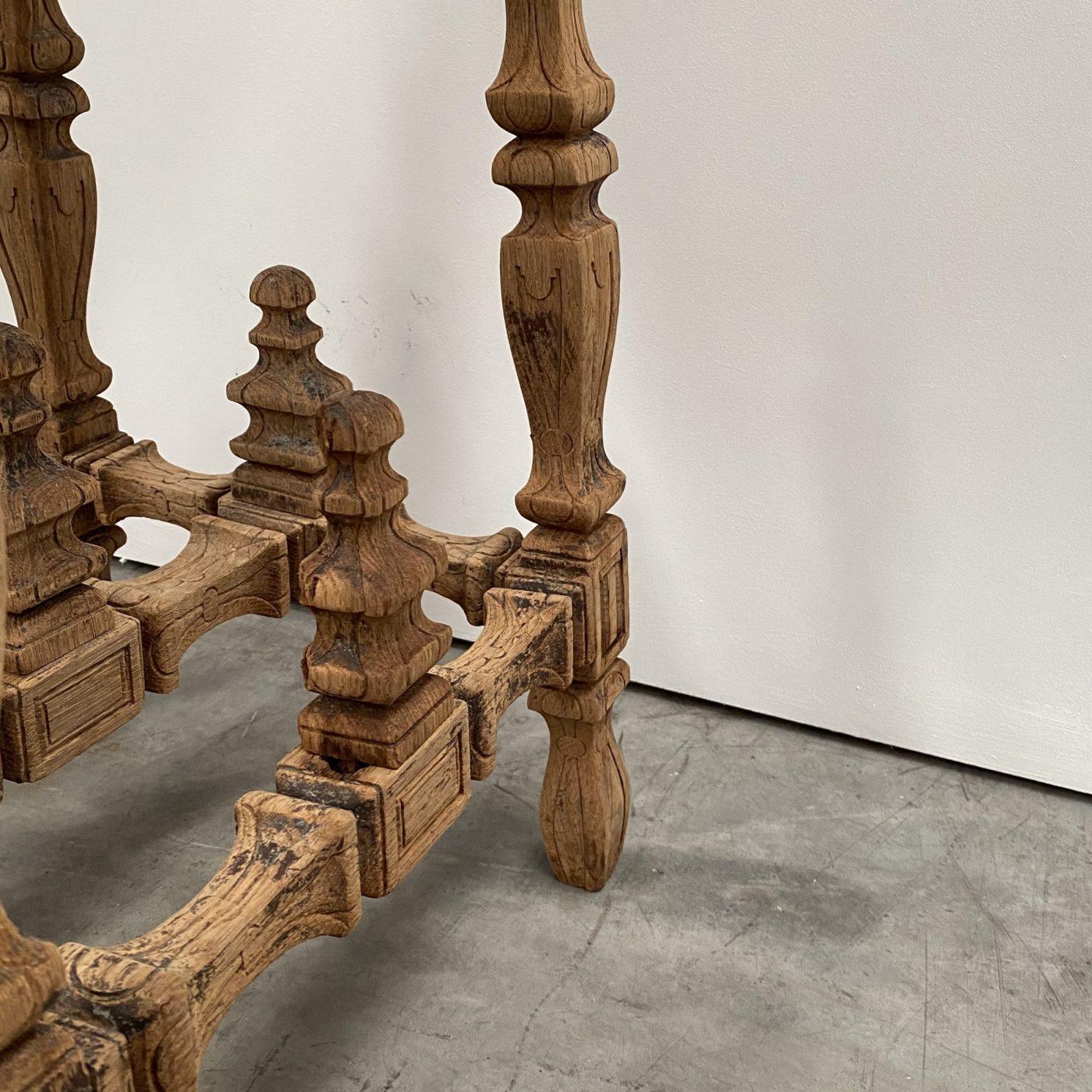 objet-vagabond-sculptor-table0001