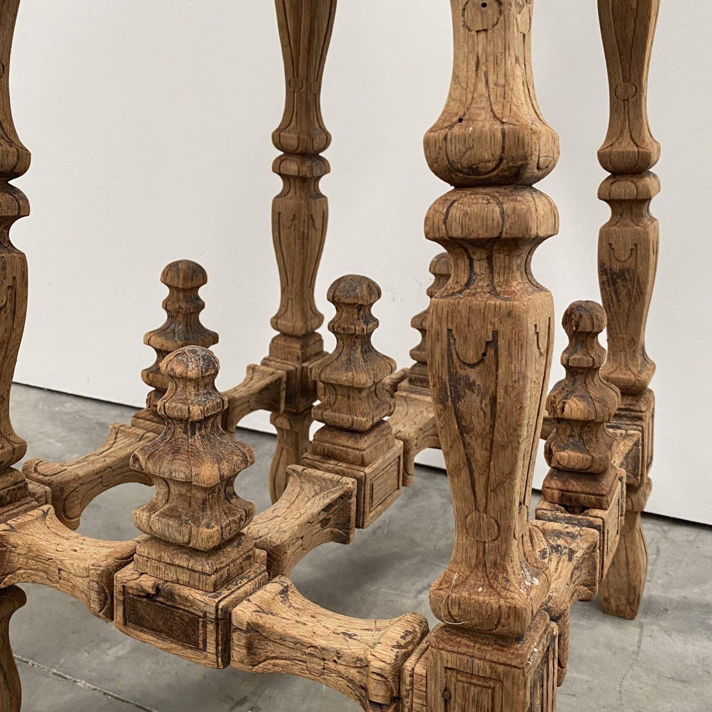 objet-vagabond-sculptor-table0005