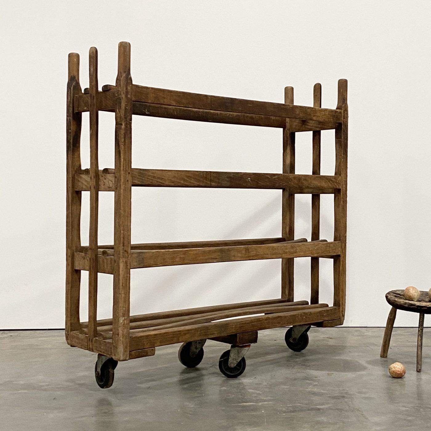 objet-vagabond-bakery-rack0001